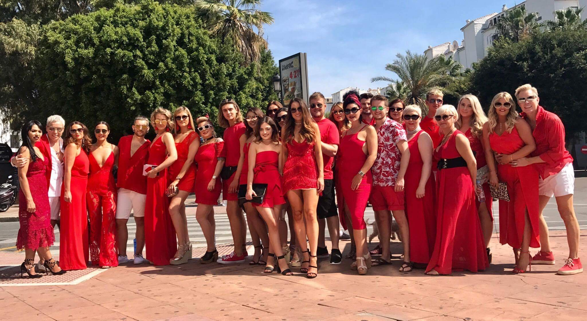 ROYSTON BLYTHE TEAM HEAD TO MARBS TO CELEBRATE ROSYTON STYLE